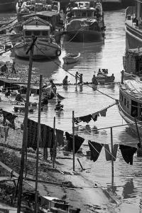 Daily Life on the Ayeyarwady River in Mandalay